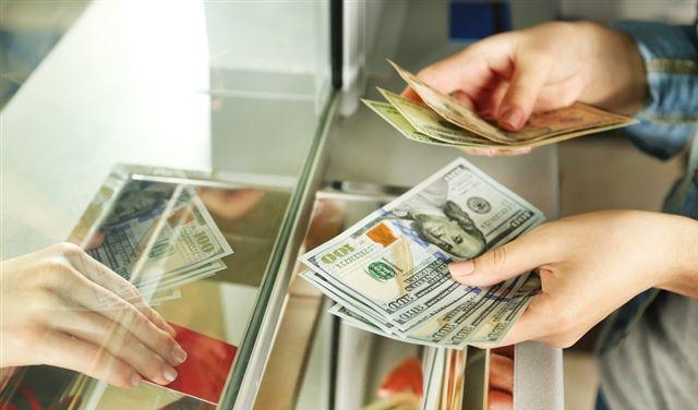 سعر صرف الدولار في التحاويل النقدية الإلكترونية