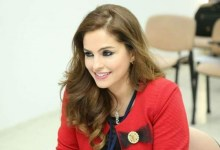 Photo of وزيرة الإعلام منال عبد الصمد تعلن استقالتها: