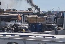 صورة حريق في احدى السفن في مرفأ طرابلس