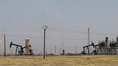 صورة إغلاق حقل التنك النفطي بريف ديرالزور الشرقي
