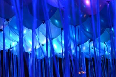 balloon ceiling at debut event
