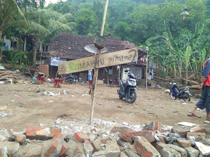 Donasi Bencana Banjir & Longsor