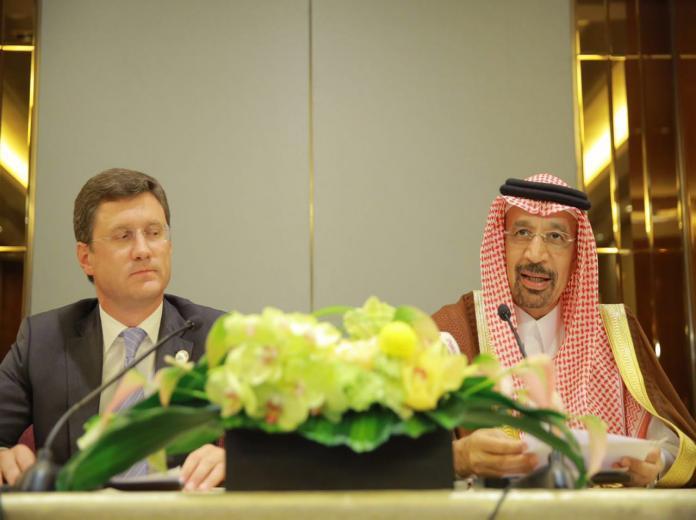 الكويت والإمارات وقطر ترحب بالاتفاق السعودي الروسي حول أسواق النفط