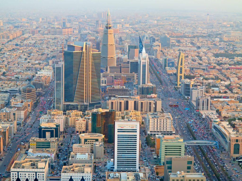 """تصنيف""""موديز"""" يؤكد قوة ومتانة الاقتصاد السعودي"""