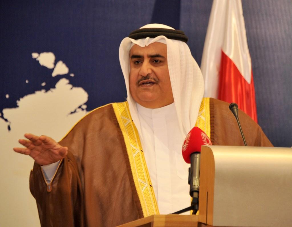 """وزير الخارجية البحريني: السعودية عمود استقرار المنطقة وعداء """"الجزيرة"""" سياسة قطرية لا يمكن التصالح معها"""