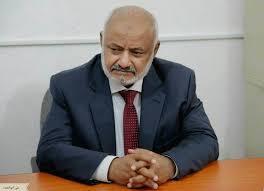 """محافظ الحديدة: قوات الجيش مسنودة من تحالف """"دعم الشرعية في اليمن"""" تصل إلى مقربة من ميناء المدينة"""