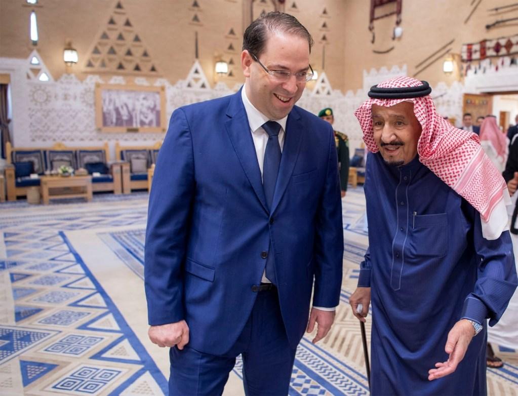 خادم الحرمين الشريفين ورئيس الحكومة التونسية يشهدان توقيع اتفاقيتين ومذكرة تفاهم بين البلدين