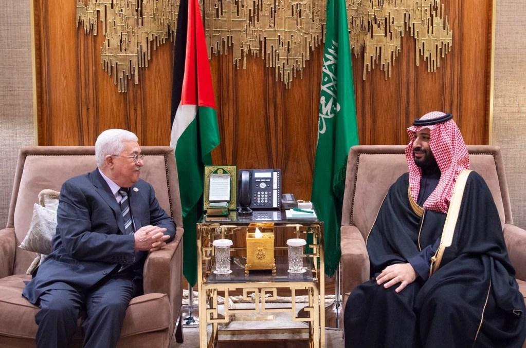 سمو ولي العهد يبحث مع الرئيس الفلسطيني مستجدات الأوضاع في الأراضي الفلسطينية