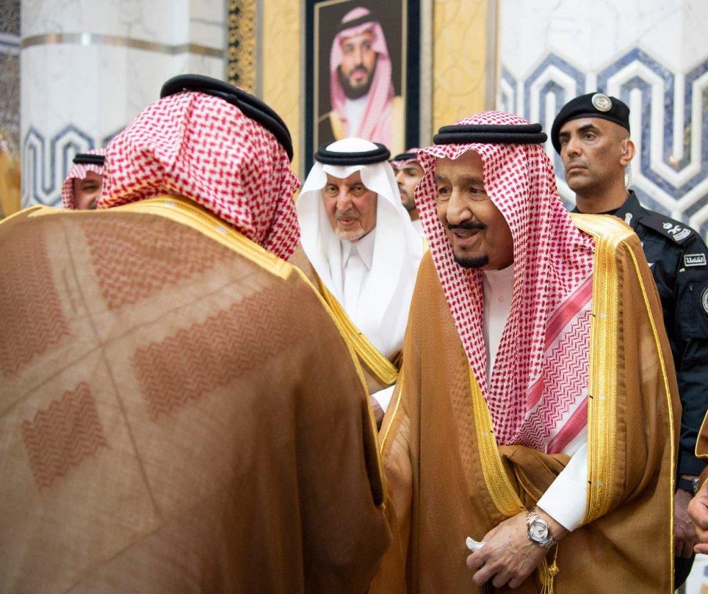 خادم الحرمين الشريفين يصل إلى جدة قادما من الرياض