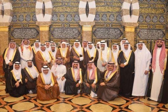 الأمير خالد الفيصل يلتقي عدد من أهالي منطقة عسير