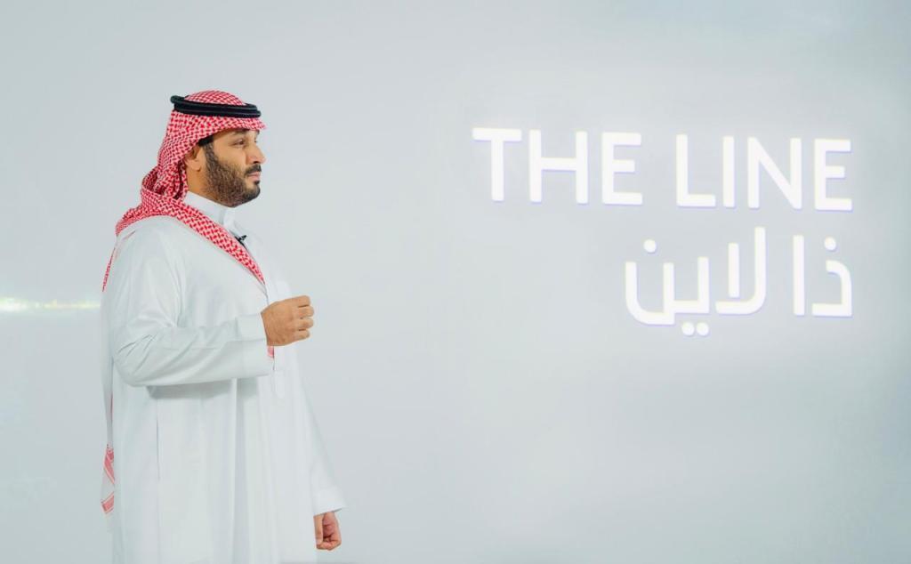 """ولي العهد معلنا اطلاق مشروع """"ذالاين"""" في نيوم:مدينة تمنح للحياة على الارض معنى جديدا"""