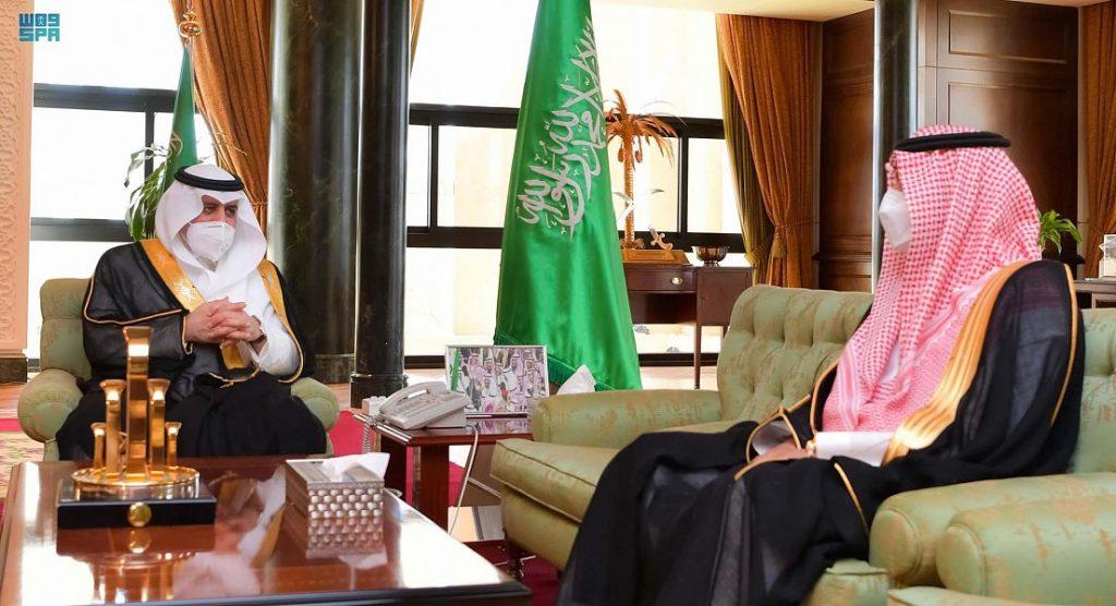 أمير تبوك يرعى حفل تخريج مدارس الملك عبدالعزيز النموذجية اليوم