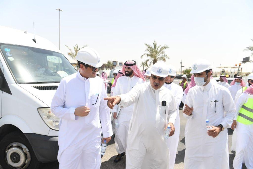 أمين الشرقية يقف على انجازات مشاريع تحسين المشهد الحضري في المنطقة