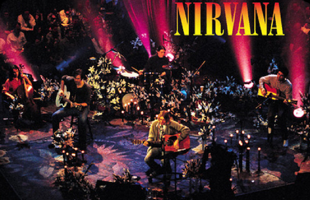 Scene from nirvana's MTV unplugged. meat puppets nirvana