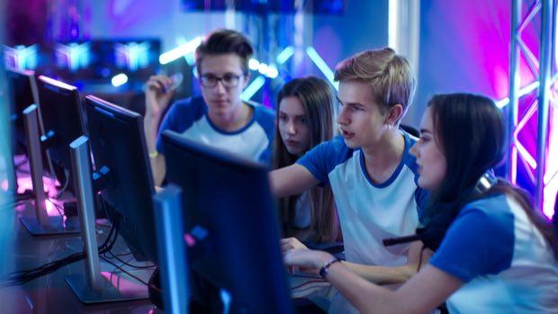 Casi mil millones de personas de todo el mundo ven competencias de eSports