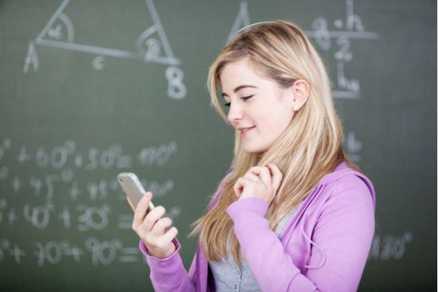 Trabajo o estudio a distancia desde el celular con máximo rendimiento