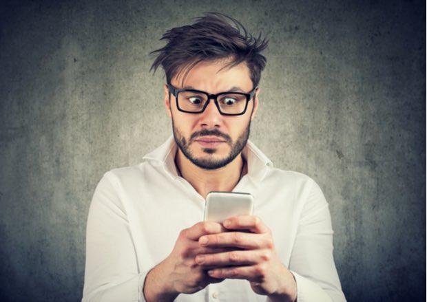 Aparecen nuevos mensajes de WhatsApp que bloquean la app de mensajería