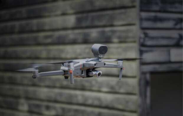 Drones entregan equipo médico en hospitales con pacientes COVID-19