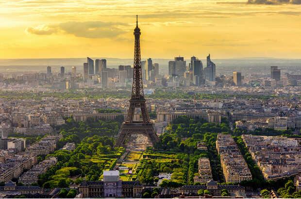 París Torre Eiffel París nombra ganador al equipo de diseño que remodelará el paisaje de la Torre Eiffel