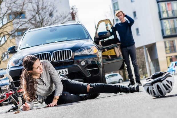 Sistema de alerta para evitar accidentes con ciclistas y peatones