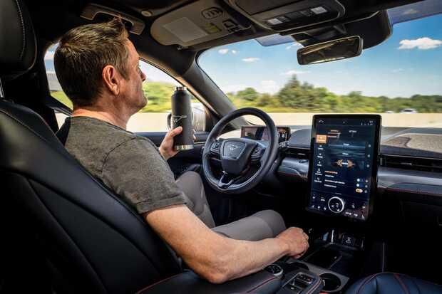 Ford Co-Pilot360: conducción manos libres pero sin apartar la mirada de la vía