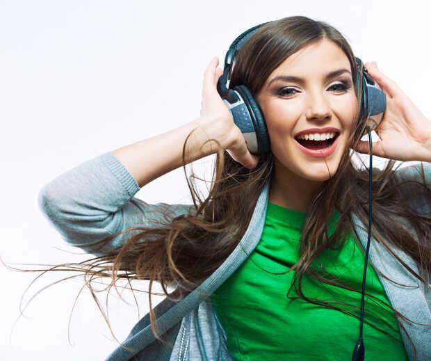 Lista de las 100 canciones más buscadas tarareando o cantando en Google