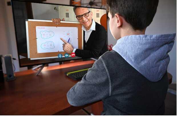 Poderosa solución integral de aprendizaje remoto para fomentar la participación académica