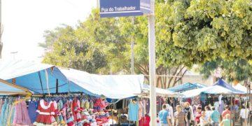 A decisão afeta os serviços da Feira Hippie, aos finais de semana, na Praça do Trabalhador (Foto: Prefeitura de Goiânia)