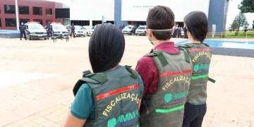 Fiscais vão às escolas após casos de contaminação em sala de aula. Foto: divulgação prefeitura/Goiânia.
