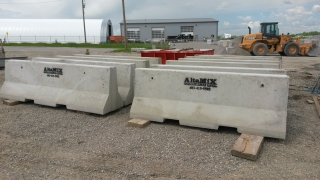 F Shape Concrete Barrier