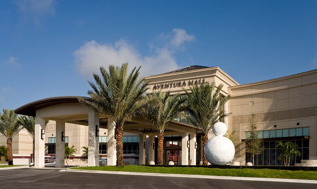 SYSTEMS ADVICE FOR ENHANCED CUSTOMER EXPERIENCE IN AMERICA'S THIRD LARGEST MALL