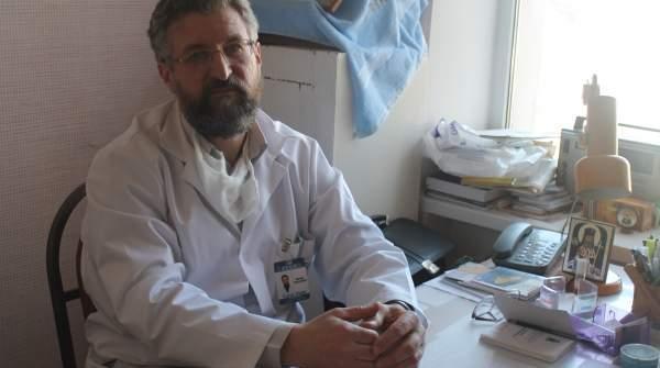 chirurgul-in-sutana-din-chisinau