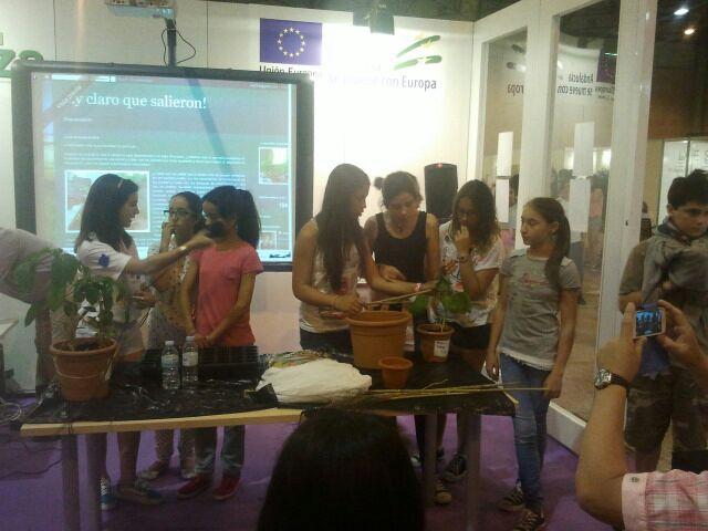 El IES Celia Viñas en  La 12ª Feria de la Ciencia (6/6)