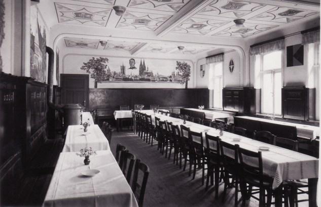 -71- Versammlungsraum im Kolpinghaus