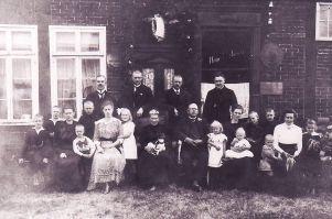 -47- Haus Fortmann um 1900, damal Lebensmittelgeschäft