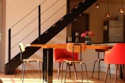 Unser Esstisch mit Stühlen