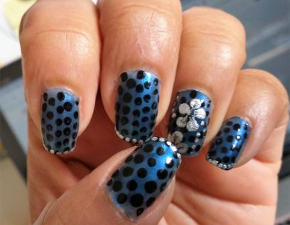 Blue & black manicure