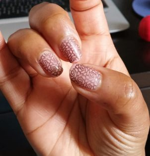 Stamping manicure