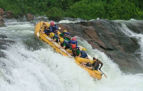 Top 10 Most Dangerous Sports in the World - White-water Rafting