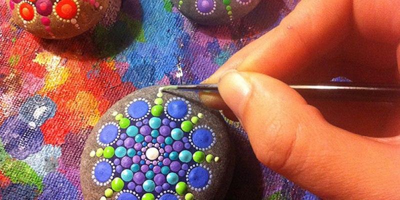 Stone Art Mandala – Elspeth Mclean Canada 12