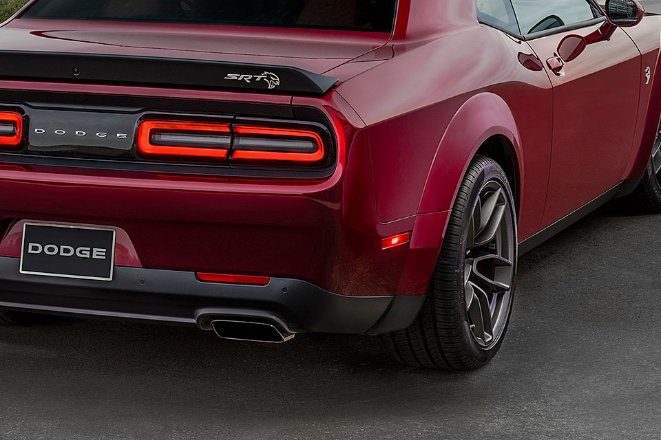 hellcat widebody