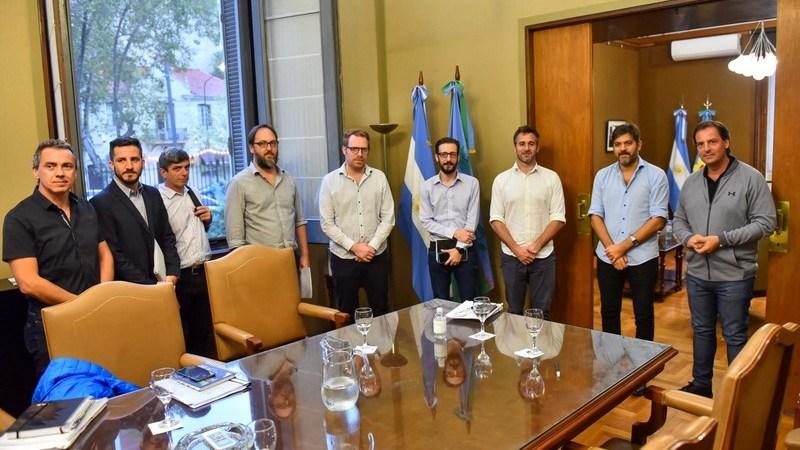 Al mismo tiempo que atienden la pandemia de coronavirus en sus distritos, Ariel Sujarchuk y Federico Achával se reunieron con autoridades provinciales por el funcionamiento de las termoeléctricas de Pilar
