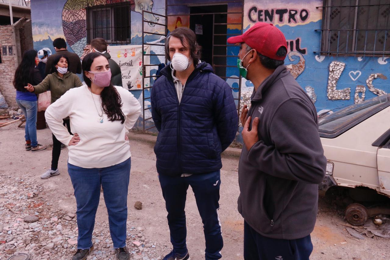 """Campaña solidaria y ollas populares en barrios vulnerables """"#NadieSeSalvaSolx"""""""