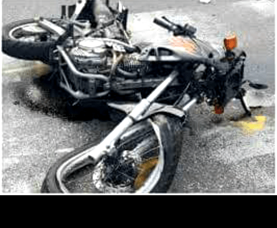 Inhabilitan al conductor que persiguió y atropelló a un motociclista en Hurlingham