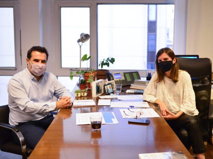 Fernanda Raverta y el Secretario de Energía acordaron subsidio para la compra de Garrafas