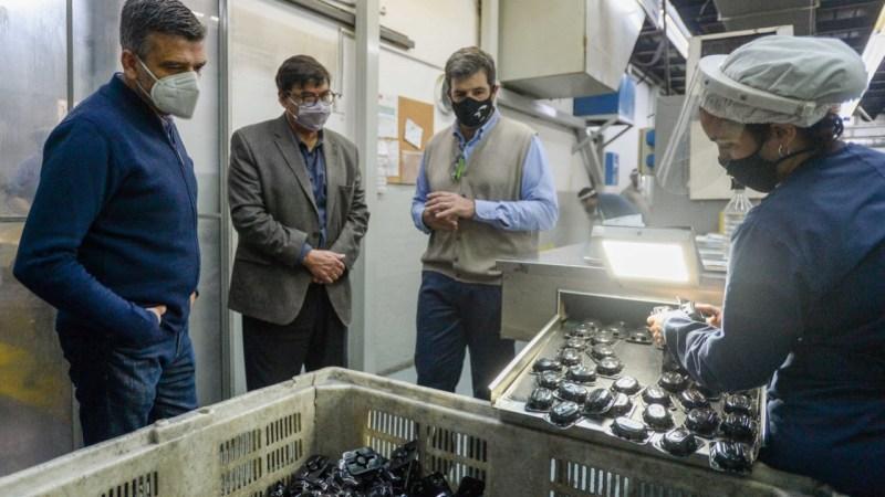 Zabaleta y Moroni visitaron una Pyme en Hurlingham y destacaron las políticas para sostener la producción y el trabajo