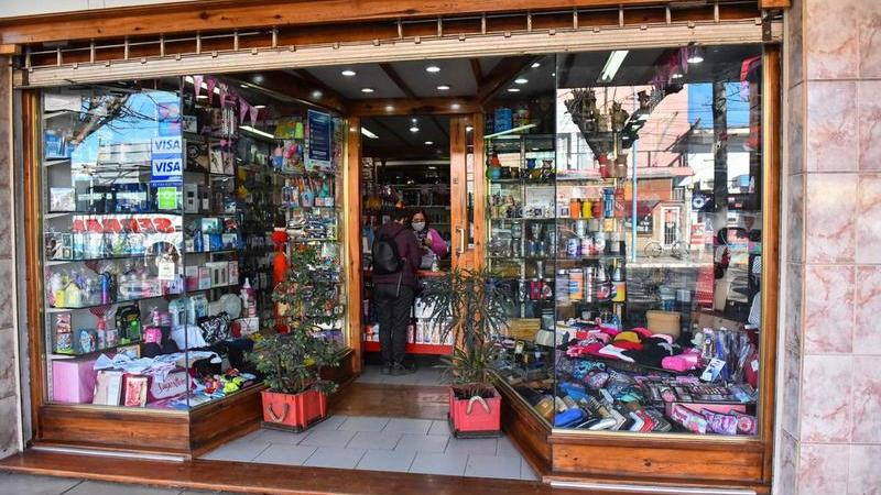 """Más de 1000 comercios del partido de Escobar ofrecerán descuentos y promociones en sus productos en el marco del programa municipal """"La Oferta Imposible"""""""