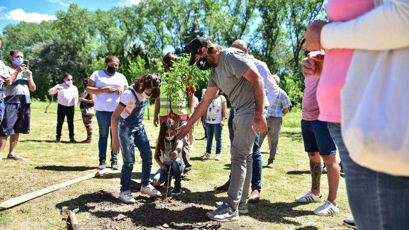 """Escobar Sostenible: la Municipalidad de Escobar finalizó la semana de """"Plantando Conciencia"""" en todo el distrito"""