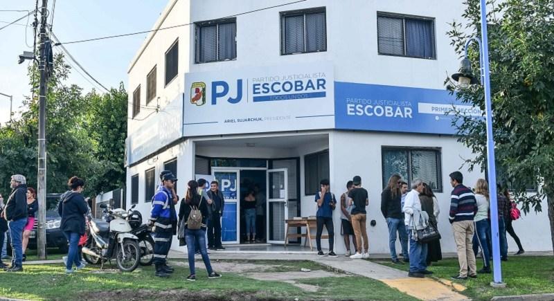 En sintonía con el Presidente Alberto Fernández, el Partido Justicialista de Escobar respalda la candidatura de Máximo Kirchner