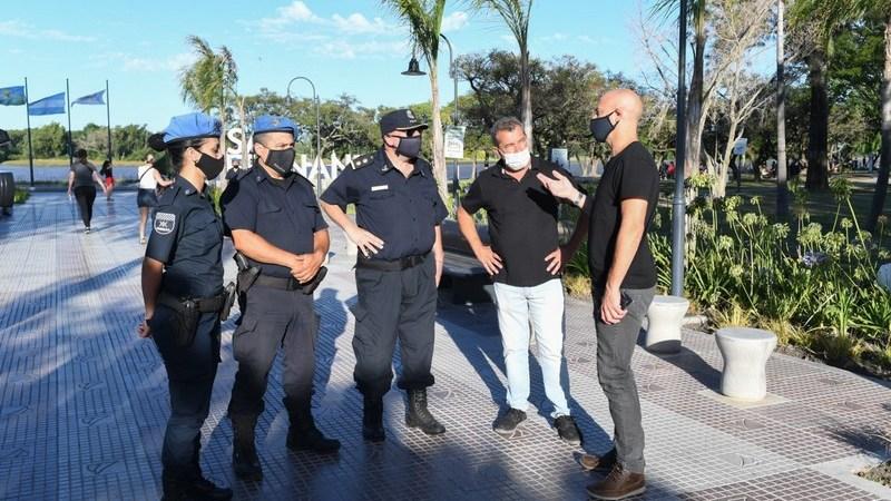 Para disfrutar con cuidados, se realiza un operativo de prevención en la Costanera de San Fernando
